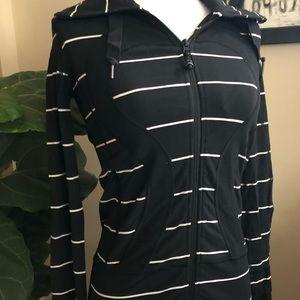 Lululemon Stride jacket, NWOT size 4
